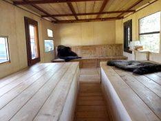 Ebenfalls ein Blick in das Oberdeck mit Sitz- und Schlafgelegenheit. (Foto: ls)