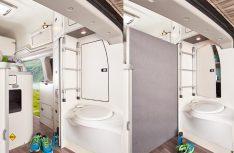 Der Sanitärraum hat ein Klappwaschbecken und eine Banktoilette. Er kann mit einem Rolle nach vorne abgetrennt werden. (Foto: Ford)