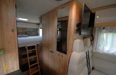 Mit einem Auszug und Einlegeteilen kann aus den Einzelbetten ein Doppelbett gebaut werden. (Foto: det)