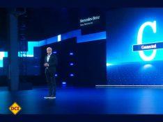 Dieter Zetsche, Vorstandsvorsitzender der Daimler AG präsentiert den Sprinter (Foto: tom)
