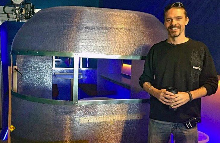 Der erste Wohnwagen aus dem 3D-Drucker ist fertig: Randy James und sein Team zeigten sich für den 3D-Druck des Wohnwagens verantwortlich. (Foto: saskatoon.ctvnews.ca)