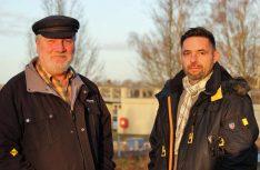 Hans-Dieter Zander (links) übergibt den Job als Hafenmeister und Platzwart des TopPlatzes Schlosshafen in Oranienburg an Thomas Ahrens. (Foto: Oranienburg)
