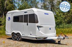 Der neue Knaus Caravan Deseo ist ein anspruchsvoller Wohn-Caravan mit hochpraktischen Transport-Möglichkeiten. (Foto: Knaus)