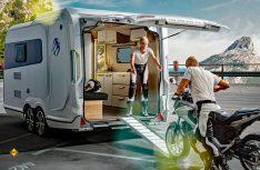 Multifunktionshänger, der auch für den Transport von Motorrädern, Quads und Fahrrädern geeignet ist: Knaus Deseo. (Foto: Knaus)