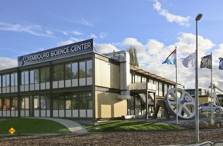 65 Mitarbeiter des Luxembourg Science Center stehen den wissbegierigen Besuchern zur Seite, um ihnen das nötige Wissen über Elektronik und Roboter zu vermitteln. (Foto: Luxembourg Science Center)