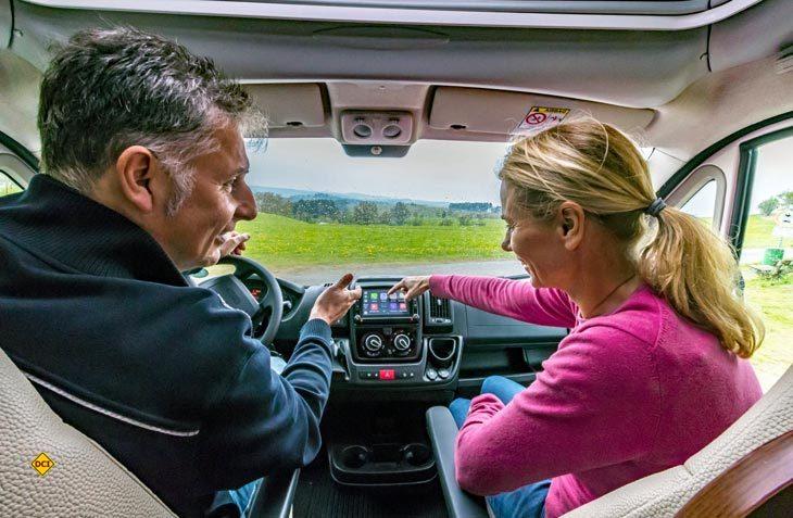 Mit dem Vavgate Evo stellt Pioneer ein Navigations- und Unterhaltungssystem speziell für den Einbau in den Fiat Ducato vor. (Foto: Pioneer)