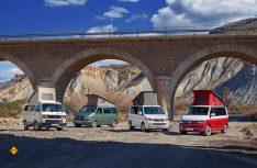 Vom heckgetriebenen VW T3 bis zum aktuellen VW T6: Knapp 160.000 Fans schwören auf den VW California. (Foto: Werk)