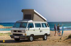 Der erste California aus dem Jahr 1988 auf Basis des VW T3 wurde noch von Westfalia ausgebaut und gilt heute als gesuchter Klassiker. (Foto: Werk)