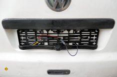 Den Nummernschilderhalter von Pearl statt des alten Halters anbauen. (Foto: det)