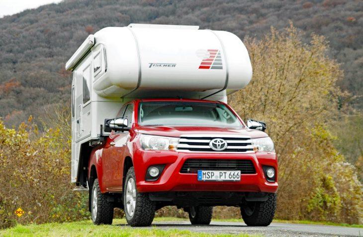 Die Kombination Toyota Pick Up mit der schicken Tischer Trail Kabine ist stimmig und passt. (Foto: det)