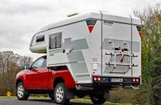 Mit einem Pick Up Fahrzeug sind auch Touren abseits befestigter Strecken möglich. (Foto: det)