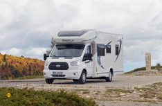 Der Ford Transit gibt sich als solide und sparsame Basis für den Chausson Flash 716. (Foto: det)