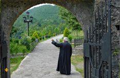 Führung durch das Kloster Manastir Moraca. (Foto: det)