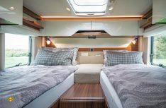 Mit zwei Grundrissvaraianten, hier die Einzelbettversion, startet die neue B-Klasse ModernComfort von Hymer. (Foto: Werk)