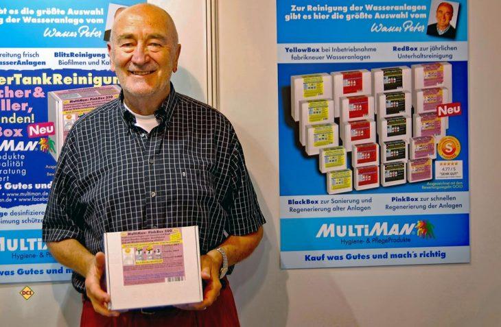 """Ein Branchen-Dino Peter, """"Wasser-Peter"""" Gelzhäuser von Multiman feiert im Juli seinen 75. Geburtstag. (Foto: alf)"""