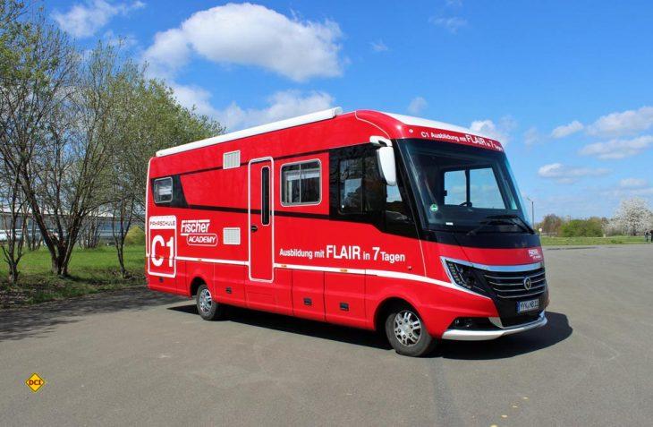 Niesmann+Bischoff bietet für seine Kunden in Zusammenarbeit mit der Fischer Academy in Gera erfolgreich Führerscheinkurse für große Reisemobile an. (Foto: Niesmann)