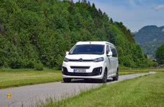 Klassischer Campingbus: Der kompakte Pössl Campster auf dem Citroën SpaceTourer.