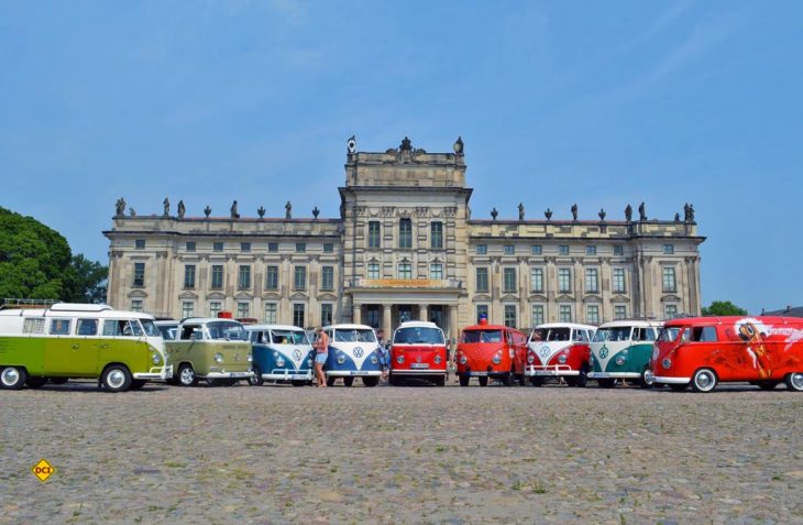 Am 7. Juli sind die VW-Bullis nicht nur am Barracuda Beach, sondern auch am Ludwigsluster Schloss zu sehen (Foto: Barracuda Beach)