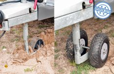 Schluss mit Flurschäden bei unbefestigtem Untergrund: Das luftbereifte Doppelstützrad easydriver Easy Wheel macht auch auf unbefestigtem Untergrund das Manövrieren einfach. (Foto: Reich easydriver)