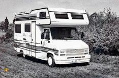 Erstes Facelift 1984: Technisch überarbeitet und mit der Maxi-Version bis 3,5 t geht es weiter: Ein Concorde Alkovenmobil aus dem Jahr 1985. (Foto: Concorde)