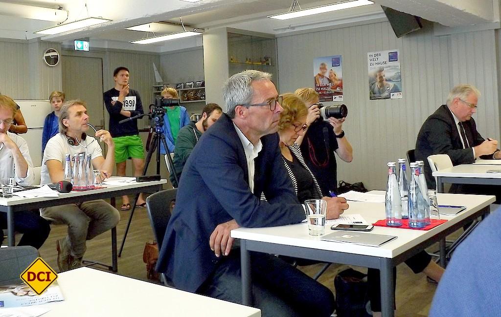 Stefan Diehl, der Leiter Kommunikation/Presse der Knaus Tabbert GmbH, gehörte ebenfalls zu den interessierten Zuhörern der PK. (Foto: tom/DCI)