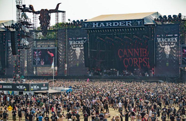Europas erfolgreichster Wohnwagenhersteller Hobby ist auch beim diesjährigen Wacken Open Air Festival, dem weltgrößten Metalfestival, mit am Start. (Foto: Hobby)