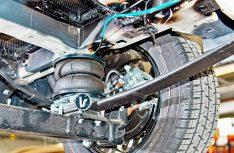 Die Zusatzluftfedern von VB Airsuspension an der der Hinterachse des Fiat Ducato. (Foto: Werk)