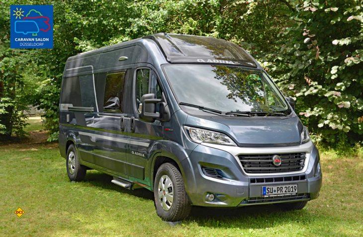 Edel ausgestatteter Van mit einem exklusiven Dachfenster: Der Adria Twin Supreme. (Foto: det)