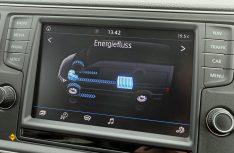 Der e-Crafter von VW wird mit modernsten Assistenz-, Komfort- und Infotainmentsystemen auf den Markt kommen. (Foto: Werk)