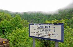 Die ausgeschilderten Panoramastraßen führen durch die schönsten Landschaften dieser Region. (Foto: hcb/D.C.I.)