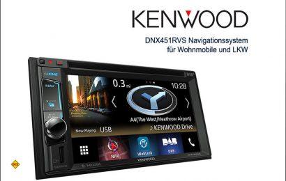 Kenwood präsentiert mit dem Doppel-DIN-Gerät DNX451RVS jetzt einen Navitainer, dessen vom führenden Spezialisten für Straßennavigation Garmin stammendes Navigationssystem eigens ausführliche nützliche Informationen für die Fahrer von Wohnmobilen und Lkw enthalten. (Foto: Kenwood)
