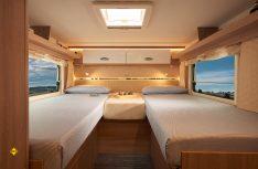 Die drei Grundrissvarianten, hier der Laika Kosmo 509 mit Einzelbetten im Heck, bieten hohen Schlafkomfort. (Foto: Laika)