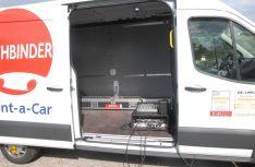 Radio aus der Kiste: Eine Rundfunkfrequenz sollte alle Teilnehmer zeitgleich informieren. (Foto: det)