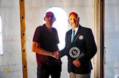 Smart und fair: Guinness-Schiedsrichter Glenn Pollard (rechts) mit Thomas Schmies vom D.C.I. (Foto: det)