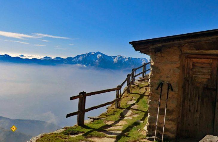 Was gibt es an einem warmen Herbsttag schöneres, als entlang von kühlem Nass zu wandern? Die Südtiroler Waalwege entlang der Hänge bieten tolle Wander-Touren im Herbst. (Foto: Dolce Vita Hotels)