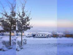 Auch im Winter lässt es sich bestens auf dem VITAL Camping Bayerbach Ferienresort campen. (Foto: VITAL Camping Bayerbach)