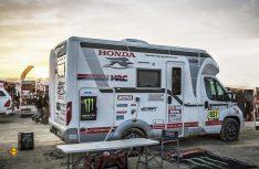 Zwei teilintegreirte Reisemobile, ein Ecovip 309 S und ein Ecovip 409, werden das Honda-Team auf der Dakar 2019 begleiten. (Foto: Laika)