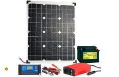 Das Revolt-Solar-Set von Pearl ist komplett mit Solarpanel, Akku, Solarregler, Wechselrichter und den Kabelverbindungen. (Foto: Pearl)