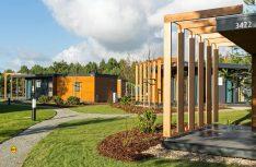 Ab 2014 erweiterte Tropical Islands das Übernachtungsangebot auf dem Campingplatz. Es kamen ganzjährig buchbare Mobile Homes hinzu. (Foto; Tropical Island)