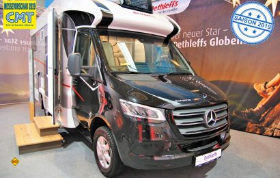 Mit dem teilintegrierten Sondermodell Globeline T 6613 EB auf Mercedes-Sprinter erweitert Dethleffs sein Portfolio an kompakten Einzelbett-Fahrzeugen. (Foto: alf / Mobil Total)