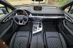 Vorzeigbar: Übersichtliche Cockpit mit perfekt positionierten Schaltern und Instrumenten. (Foto: sis / D.C.I.)
