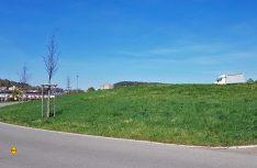 Am Naturfreibad und Hallenbad im Länegeholz baut Herrenberg seinen neuen Reisemobil-Stellplatz für etwa zehn Mobile. (Foto: Stadt Herrenberg)