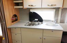 Gut gemachte Küche mit viel Stauraum und Arbeitsfläche. (Foto: sis / D.C.I.)