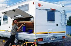 Moderne Reisemobile bieten viel Platz und manchmal aber sehr knappe Zuladung. (Foto: Bürstner)