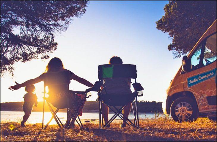 Womo-Reisen für die ganze Familie: Damit das klappt sollten ein paar Sachen beachtet werden. (Foto: Indie Campers)