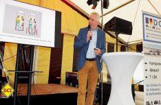D.C.I.-Pressesprecher Peter Hirtschulz führte gekonnt durch die Präsentation. (Foto: tom / D.C.I.)