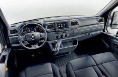 Cockpit und Innenraum des Renault Master wurden ebenfalls überarbeitet. (Foto: Renault)