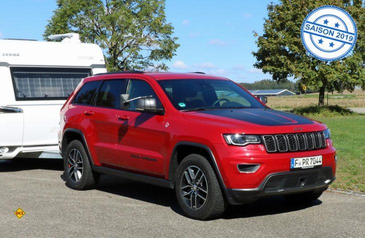 Ob im Solo- oder Gespannbetrieb überzeugen die agilen Fahrleistungen und der sichere Fahrkomfort ebenso, wie das Qualitätsniveau des Jeep Grand Cherokee Trailhawk. (Foto: sis / D.C.I.)