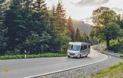 Klimaneutral kommen Reisende mit dem Wohnmobil auch nicht ans Ziel, wenngleich der Reisemobil-Tourismus sehr wenig belastet. (Foto: McRent)