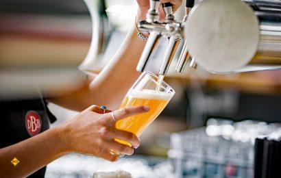 Deutschland ist Bierland und von überall her strömen die Menschen, um das leckerste Bier der Welt zu trinken. (Foto: Holidu)